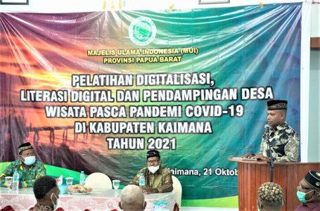 Wakil Bupati Kaimana Hasbulla Furuada membuka Kegiatan Pelatihan Digitalisasi, Literasi Digital, dan Pendampingan Desa Wisata Pasca Pandemi Covid-19,